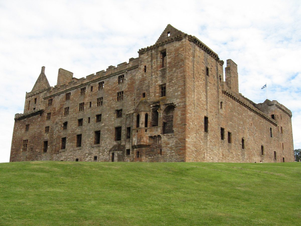 First built in the 15th Century in a Renassaince style of architecture, Linlithgow Palace holds a significant place in Scotland's history.