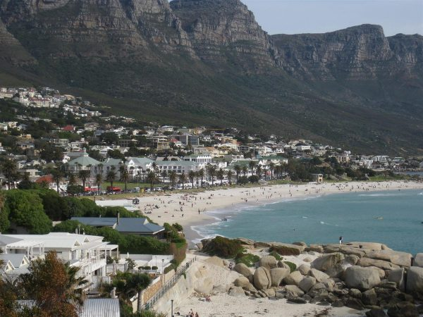 Coastal Flats In Cape Town for Couples