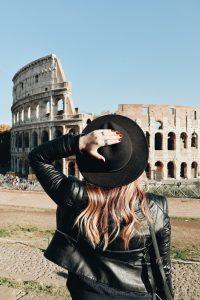 photo 1534430224470 f52e596ced9f 200x300 - La Dolce Vita: 5 Ways To Enjoy Time In Rome, Italy