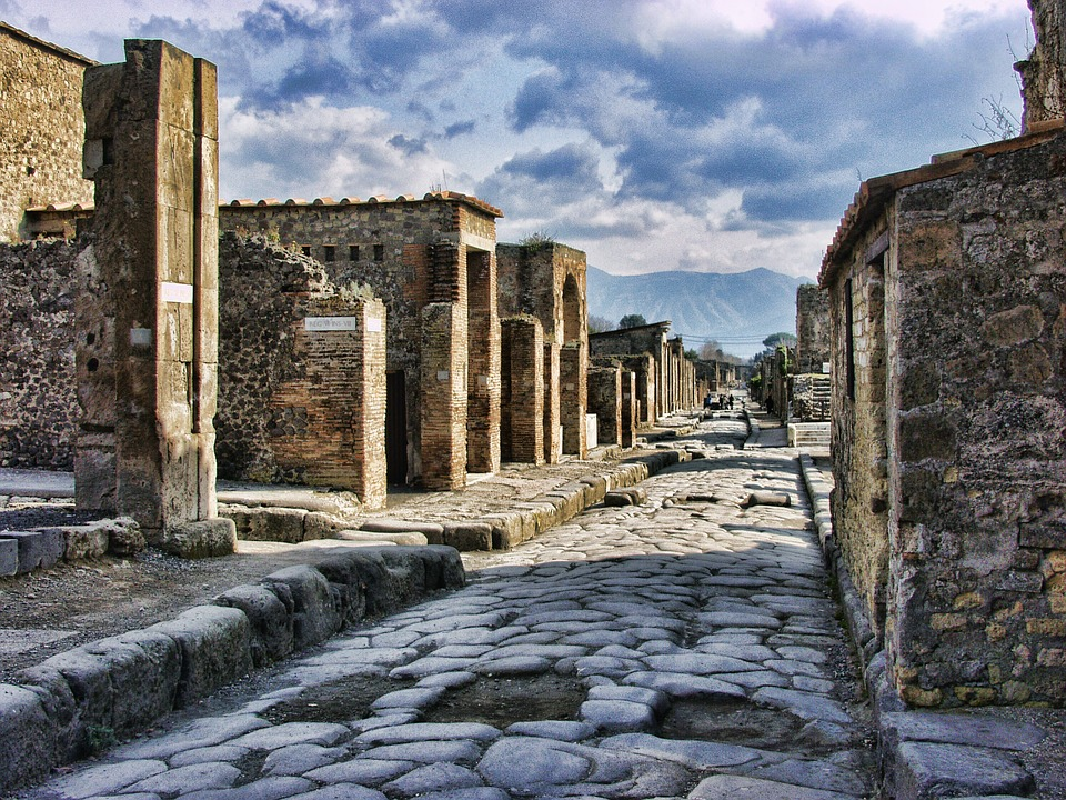 The Anicent Streets of Pompeii
