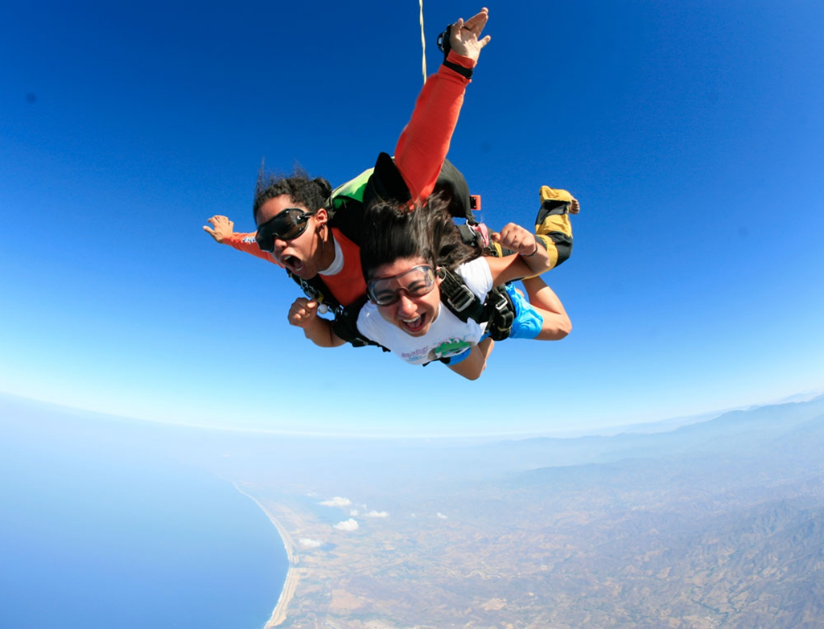 Things To Do In Puerto Escondido, Skydiving, Mexico