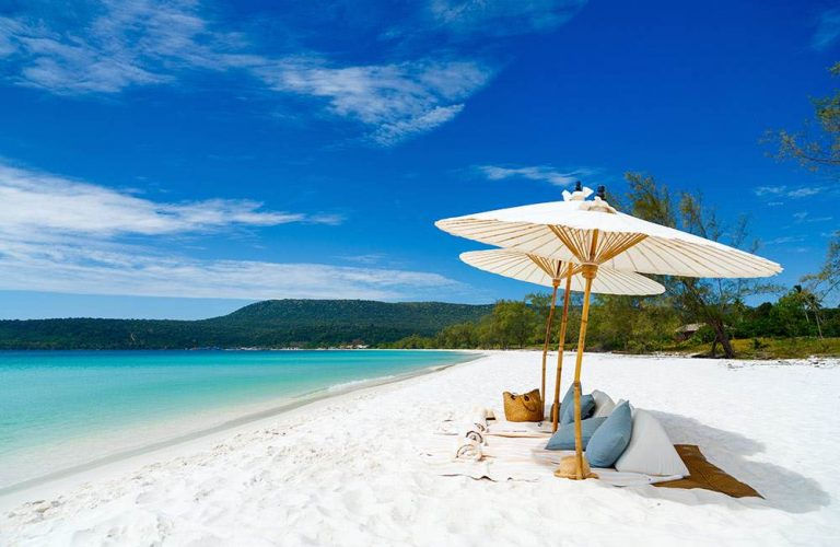 A private beach picnic in Song Saa Resort, Song Saa Island, Cambodia