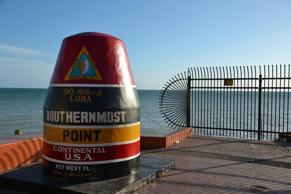 The landmark buoy marks the spot of the Southernmost tip of the United States, which is also a great place for photo opportunities