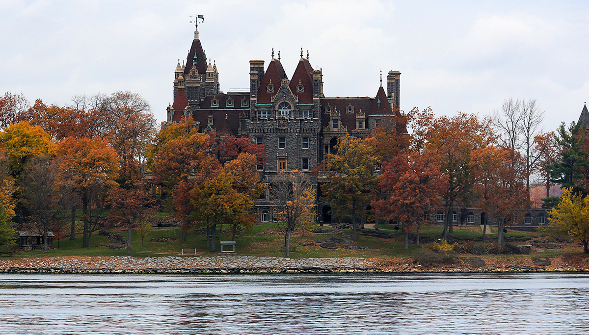 trees house 1 - Your Guide To Visiting Boldt Castle