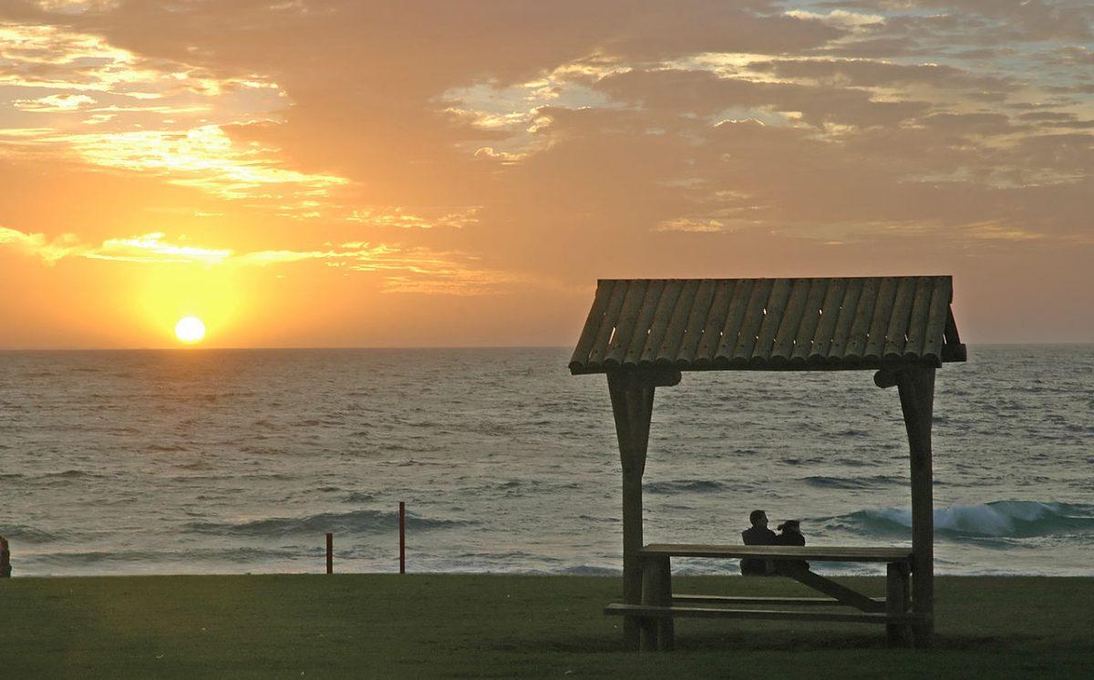 1280px Beach sunset Perth - 7 Best Beaches in Perth, Australia