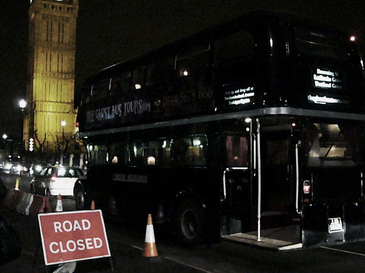 ghost bus tour, york, england