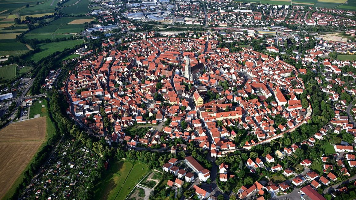 1280px Nördlingen 009 1 1160x653 - The Romantic Road In Germany - All You Need To Know