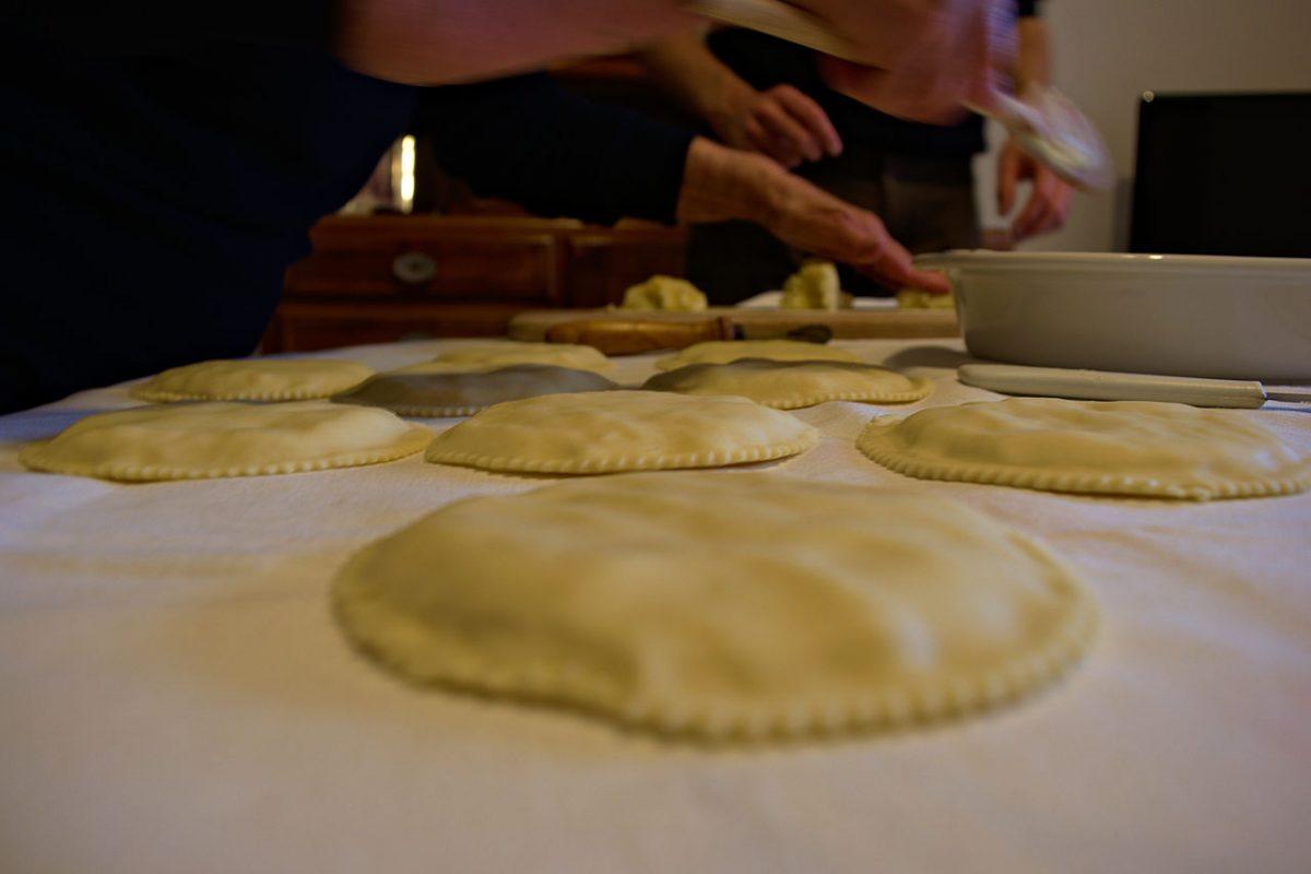 seada, italian desserts