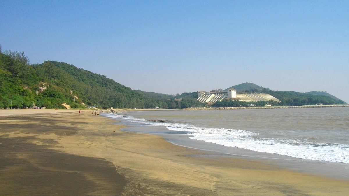 As Macau's largest natural beach, Hac Sa Beach allows visitors to stroll on the stretches of golden and black sand.