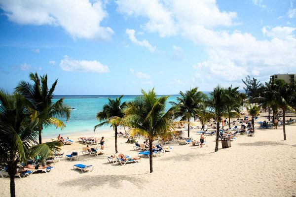 Ocho Rios Vs Montego Bay: Which Is A Better Travel Option?