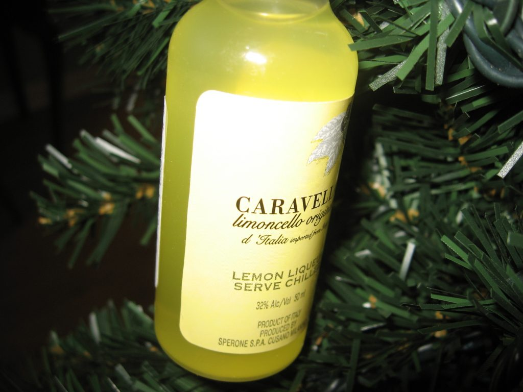 bottle of limoncello, limoncello