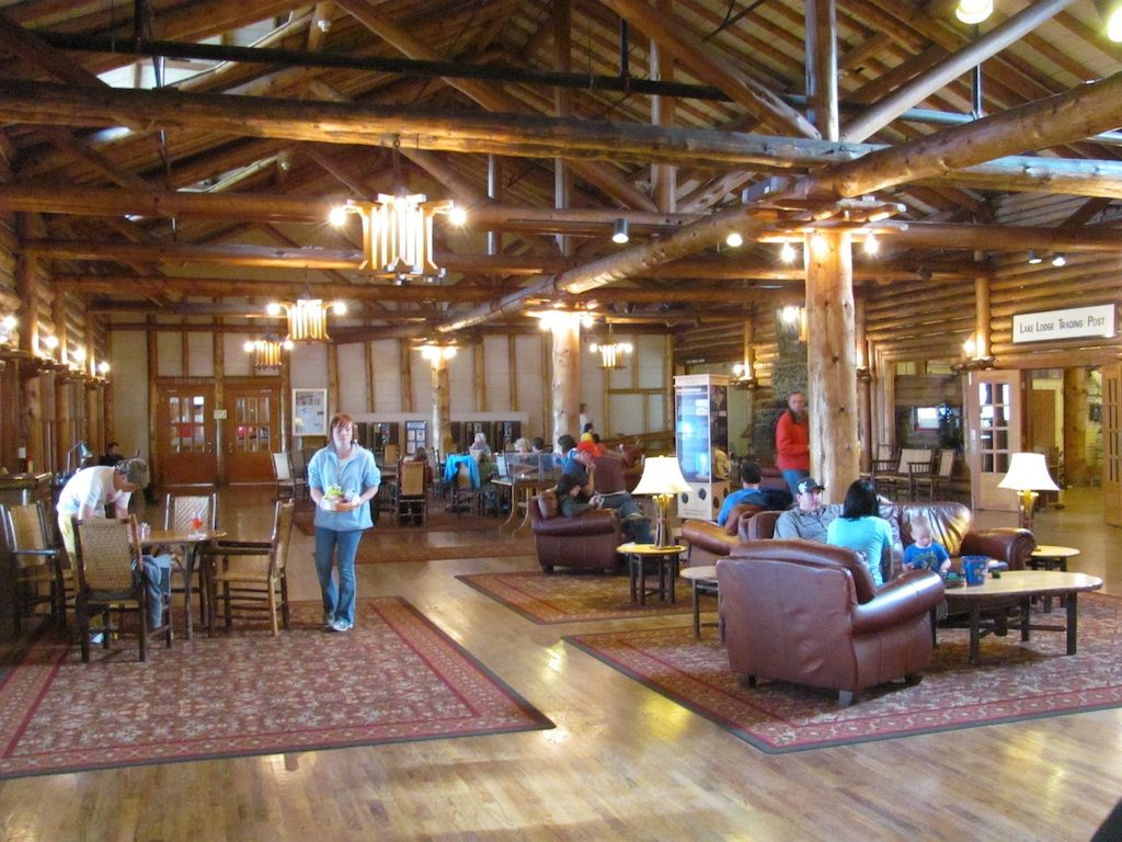 Yellowstone NP Lodge
