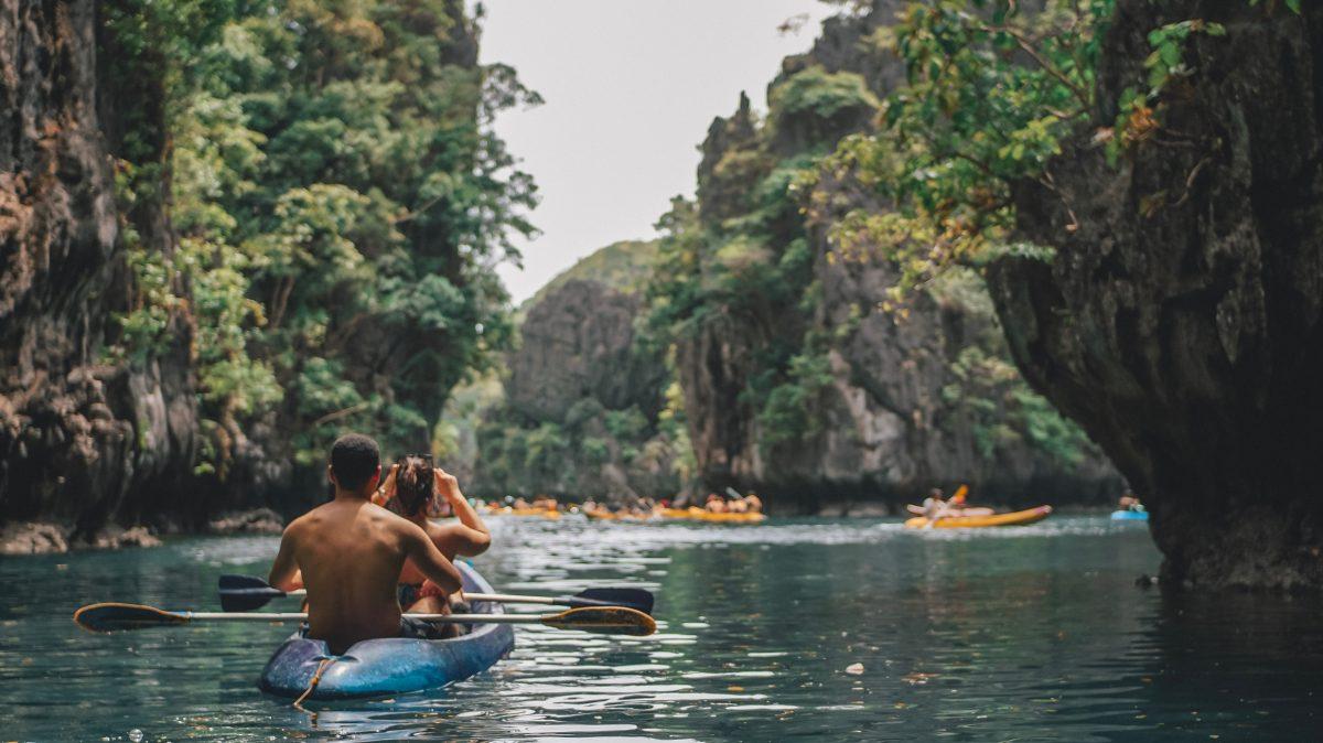People river rafting