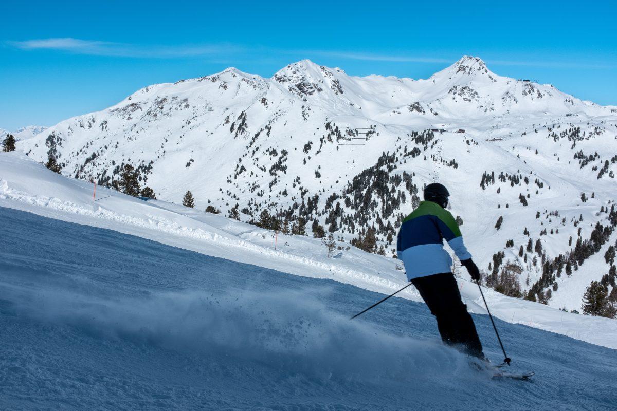 A man ice skiing