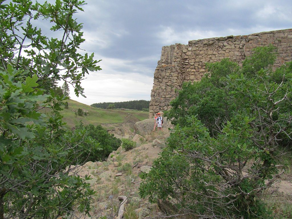 photo of hikers on Castlewood Canyon in Colorado