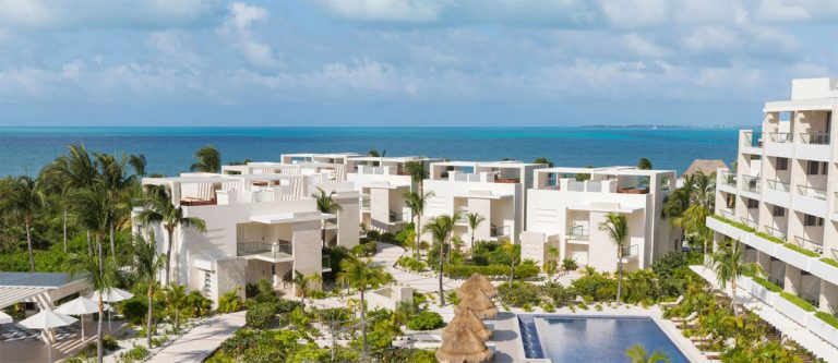 overview of the entire Beloved Playa Mujeres resort