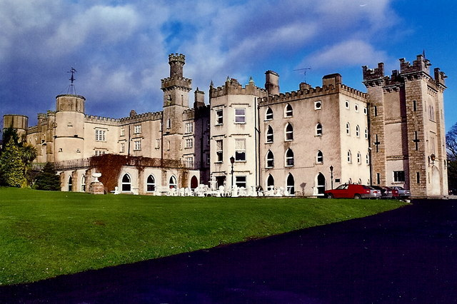 Cabra Castle Joseph Mischyshyn Wikipedia Commons - 10 Castles That You Should Visit In Ireland