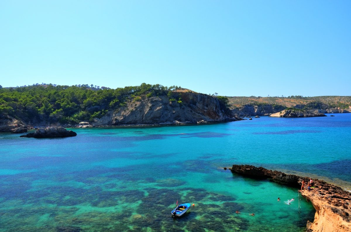 Popular amongst photographers and snorkellers, the stunning scenery of Playa Cala Xarraca looks like it could have been plucked out from the storybooks.