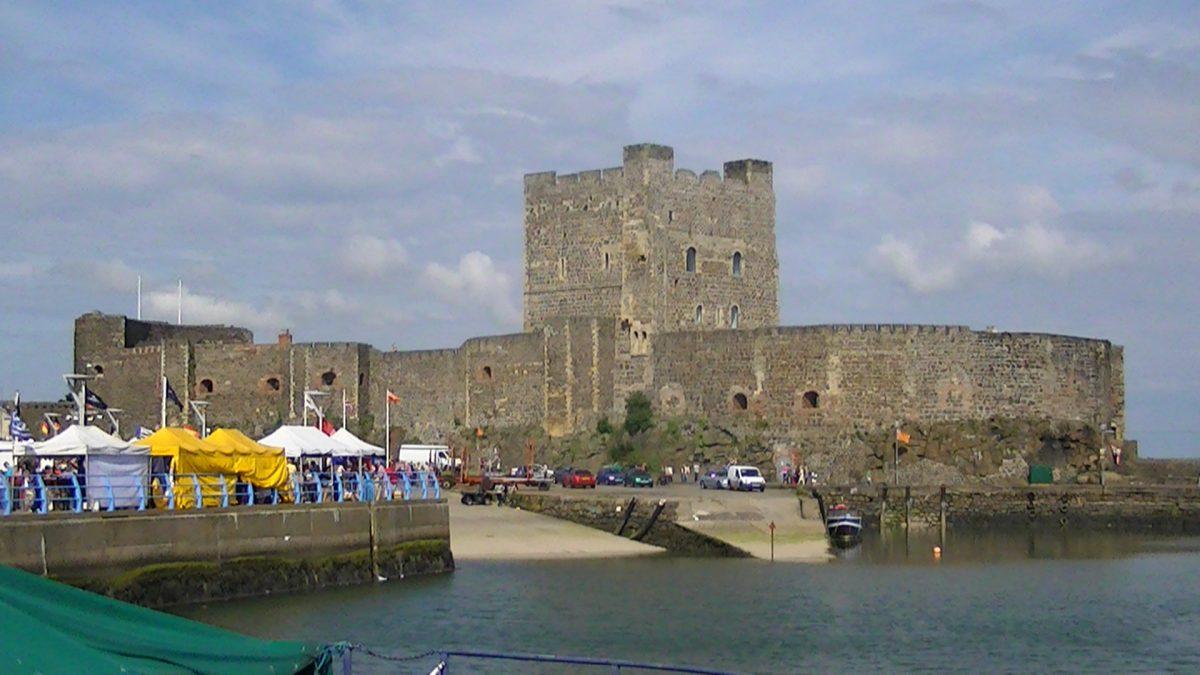 Carrickfergus Castle Adam Bishop wikipedia commons - 10 Castles That You Should Visit In Ireland
