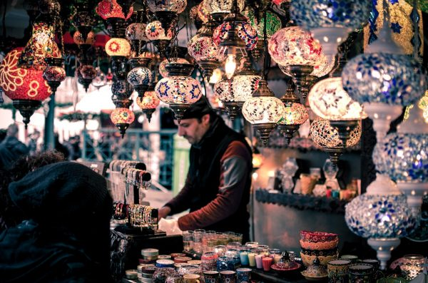 5 Reasons To Buy Moroccan Lanterns In Rabat