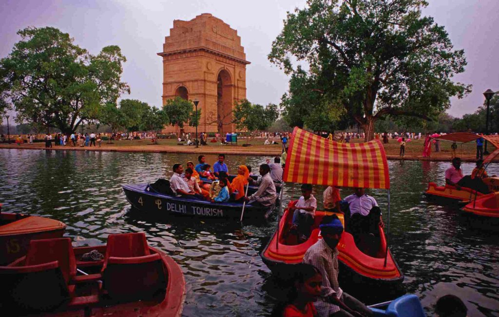 GettyImages 148551945 5b514638c9e77c003e39ce43 1024x651 - India Gate In New Delhi – All You Need To Know