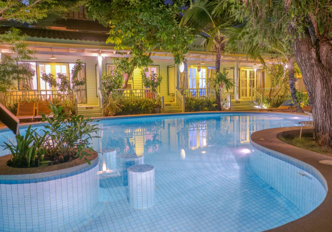 Green Gallery Botique Hotel Photo by Green Gallery 1 - From Bangkok To Hua Hin: How To Get There?