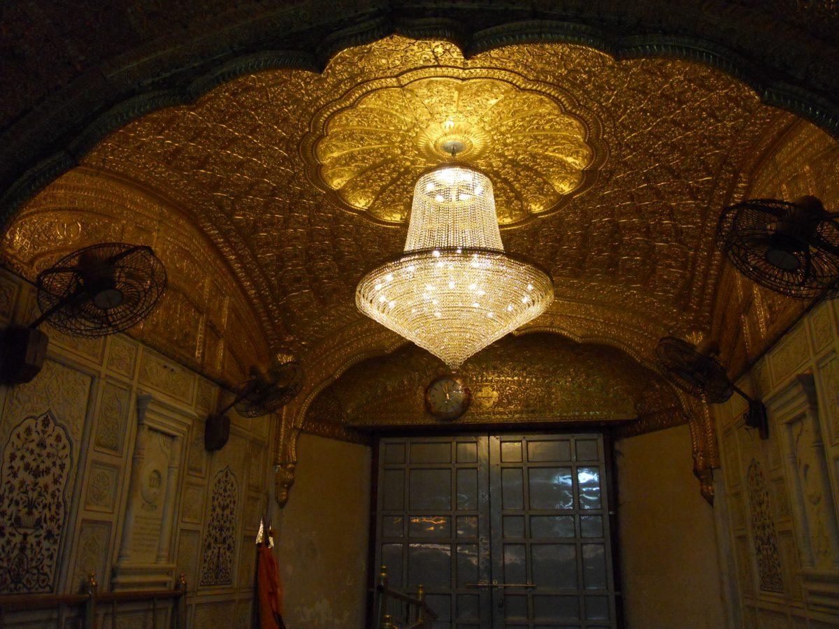 Inside_Golden_Temple