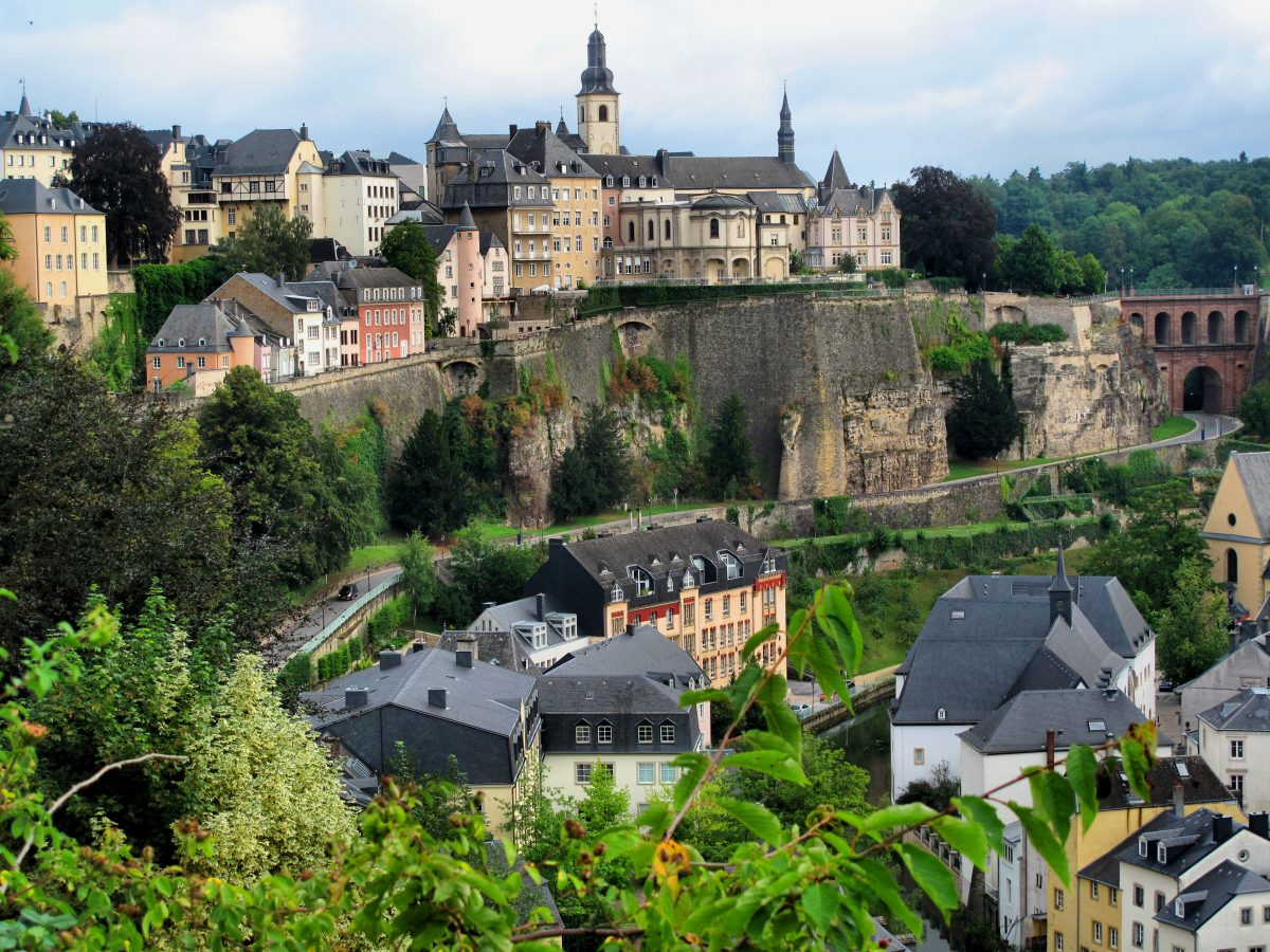 Chemin de la Corniche is another perfect place in Luxembourg for those who like long walks with magnificent sights.