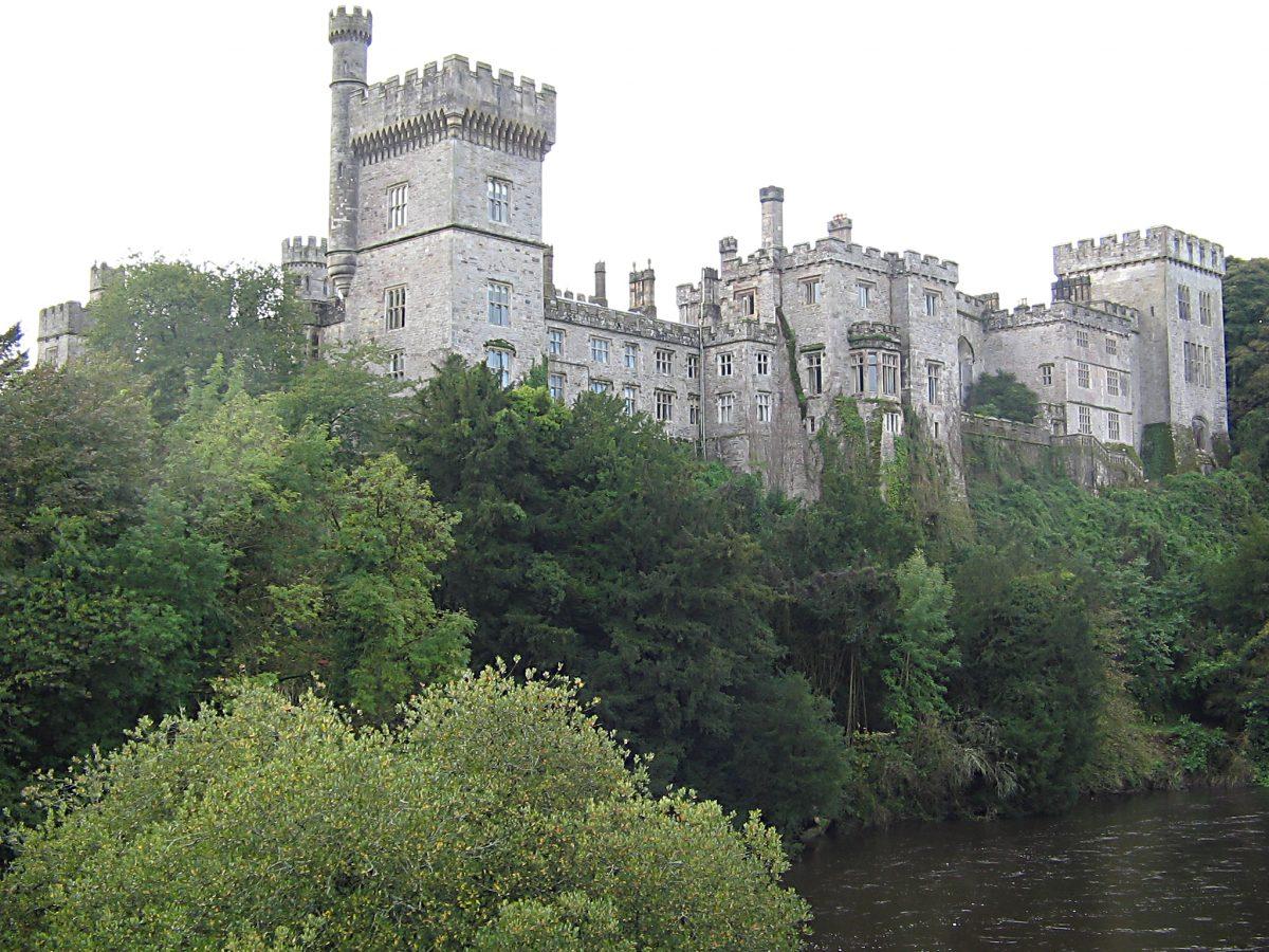 Lismore Castle Dermot wikipedia commons - 10 Castles That You Should Visit In Ireland