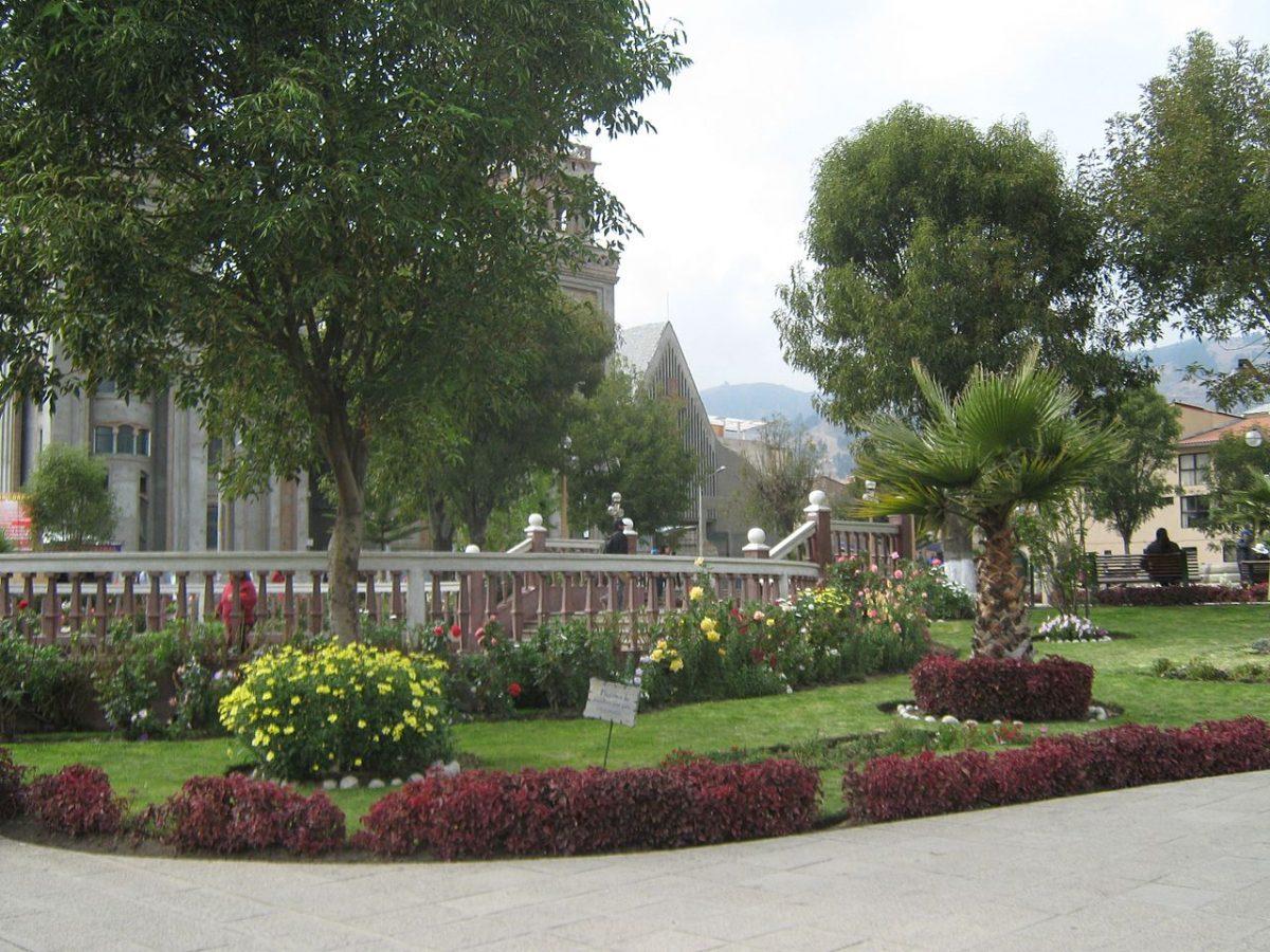 city square, huaraz