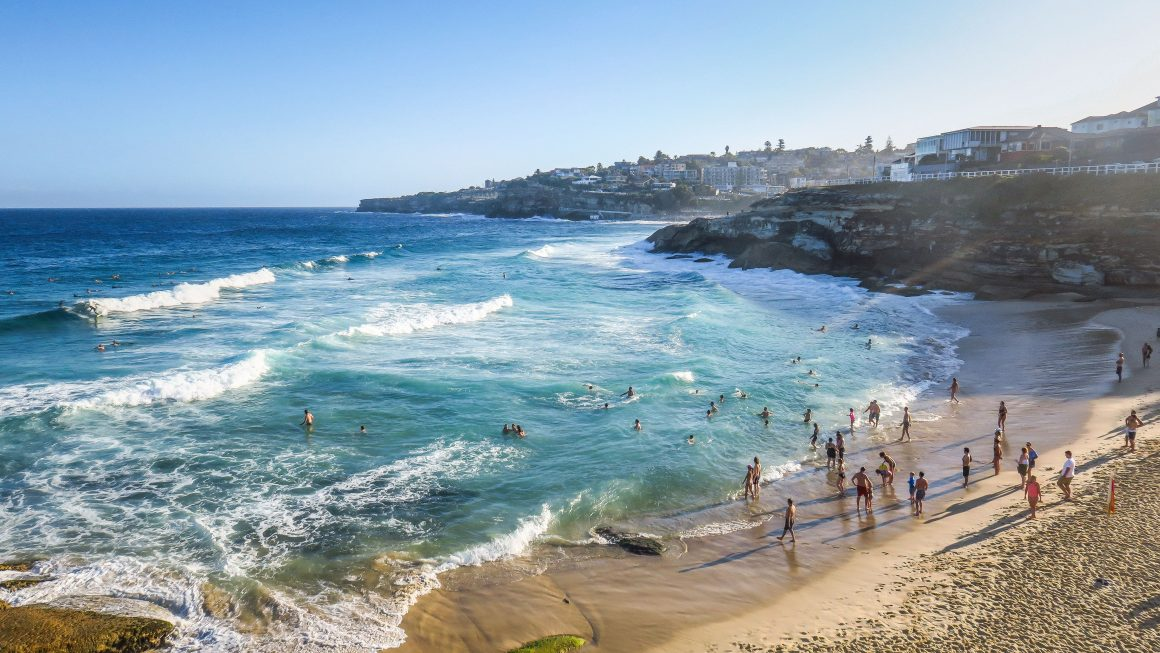 Sydeny Beaches Photo by Conde Nast Traveler 1160x653 - 5 Best Beaches in Sydney, Australia