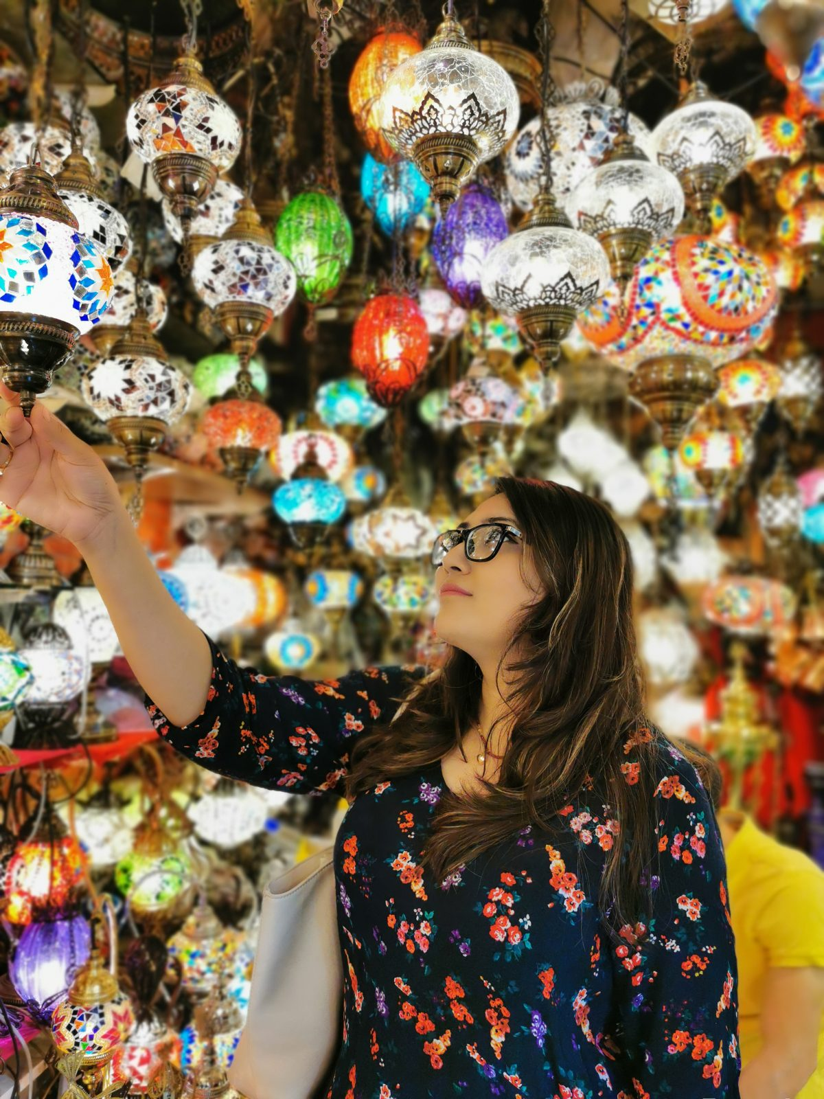 Women checking out lamps in the grand bazar