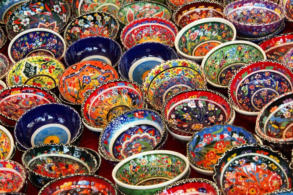 Ceramic bowls at the Grand Bazaar