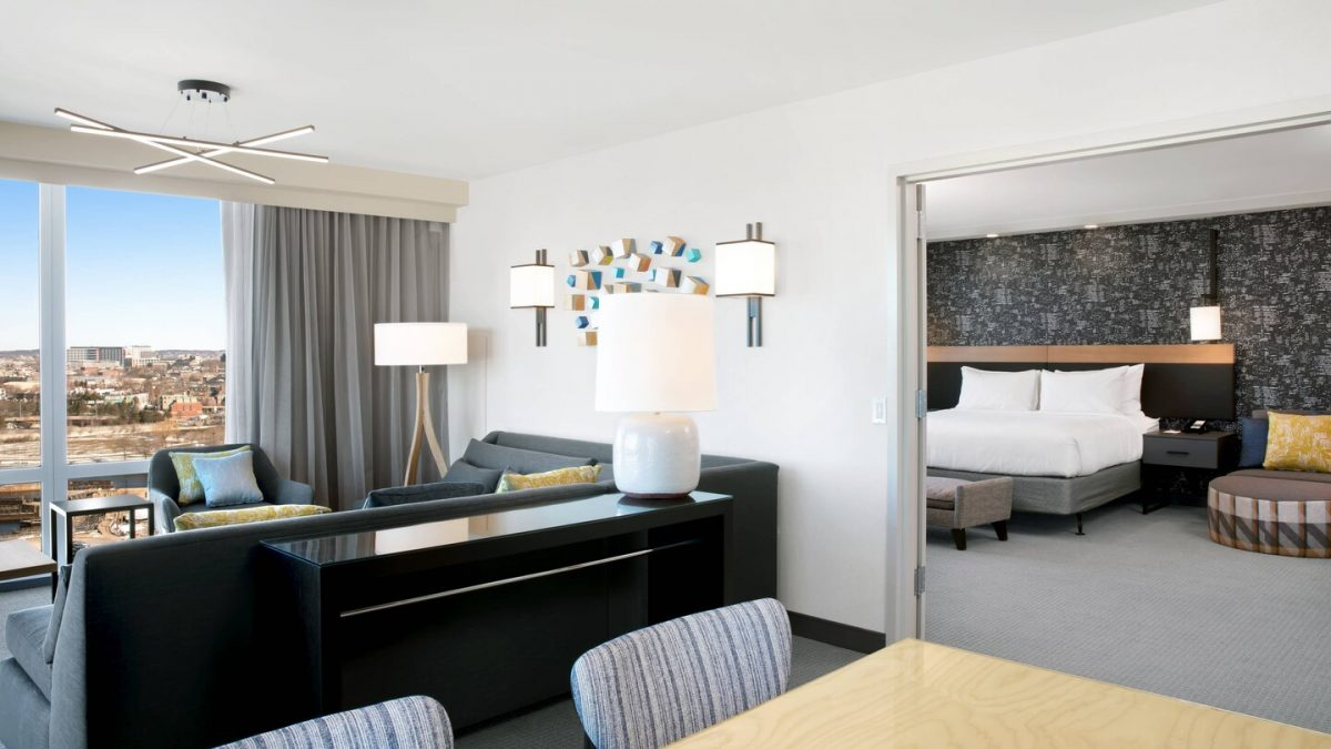 King Suite at the Courtyard by Marriott Boston Downtown/North Station