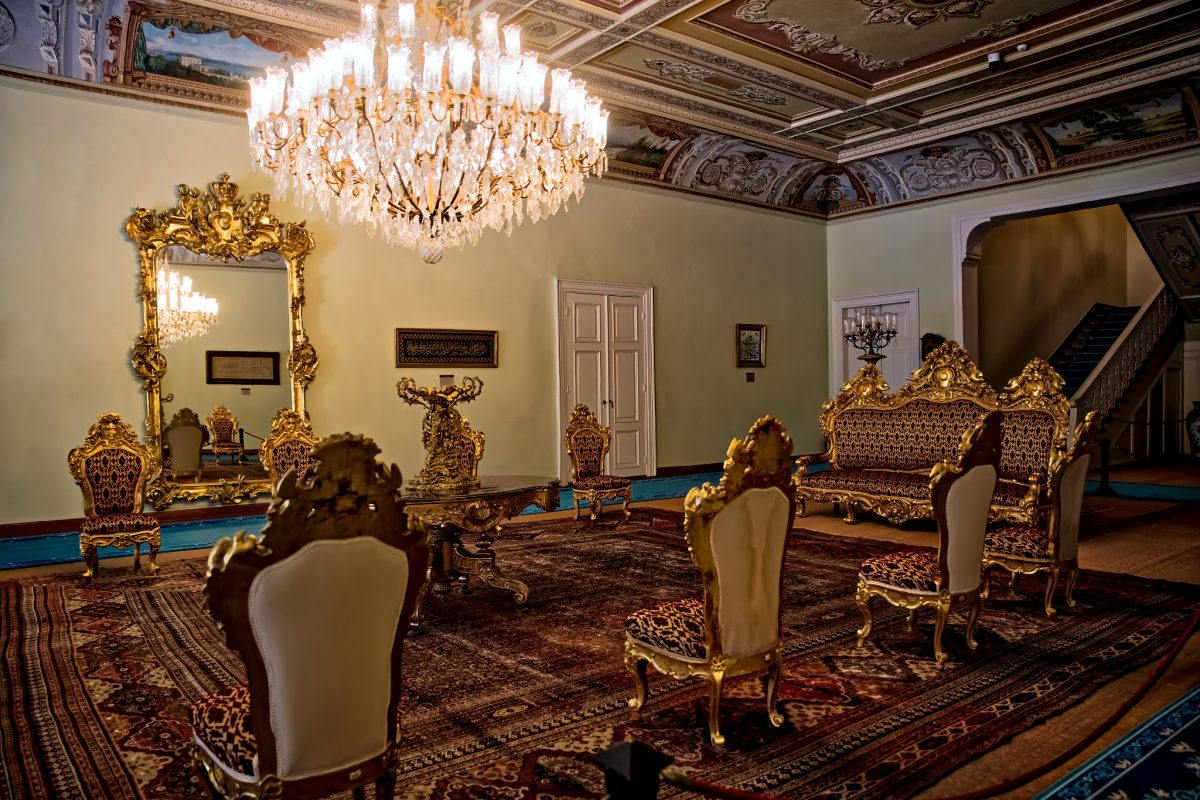 dolmabahce-palace-hall