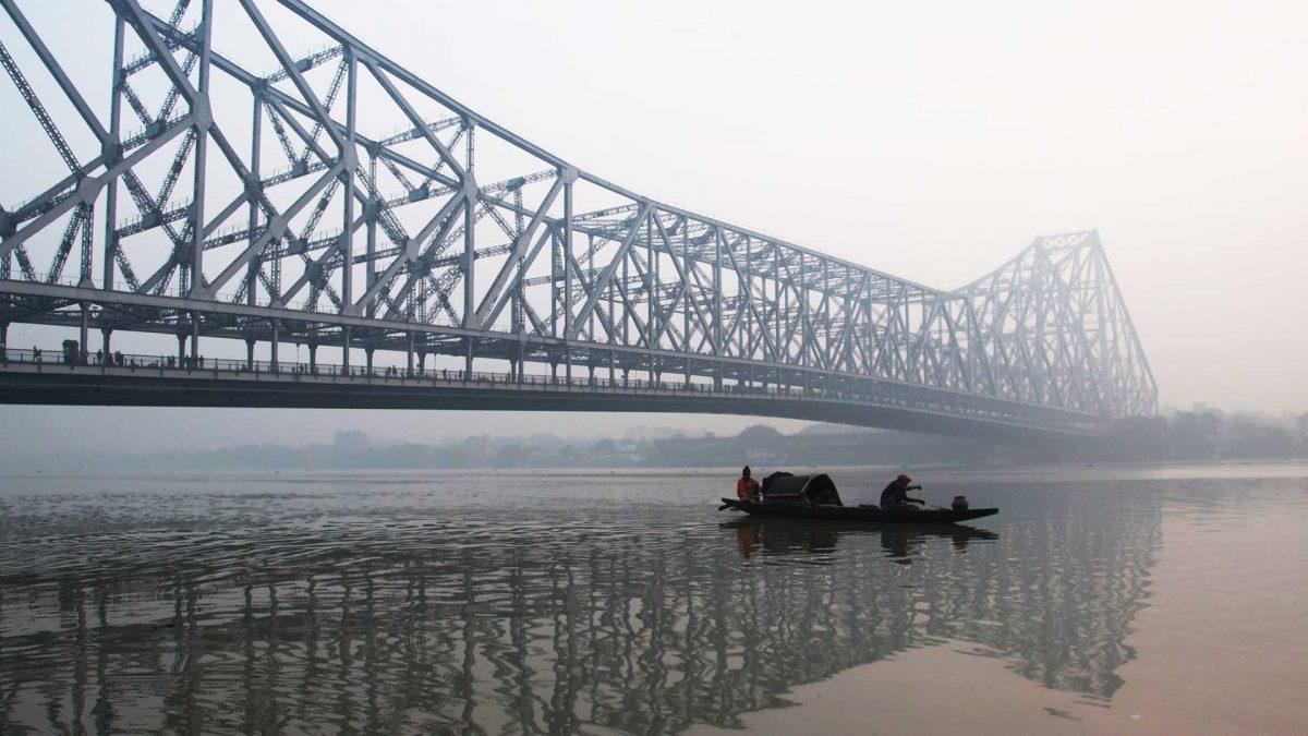 howrah-bridge-at-dawn