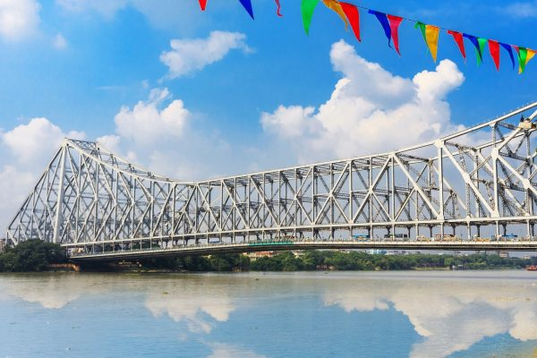 Howrah Bridge In Kolkata – All You Need To Know