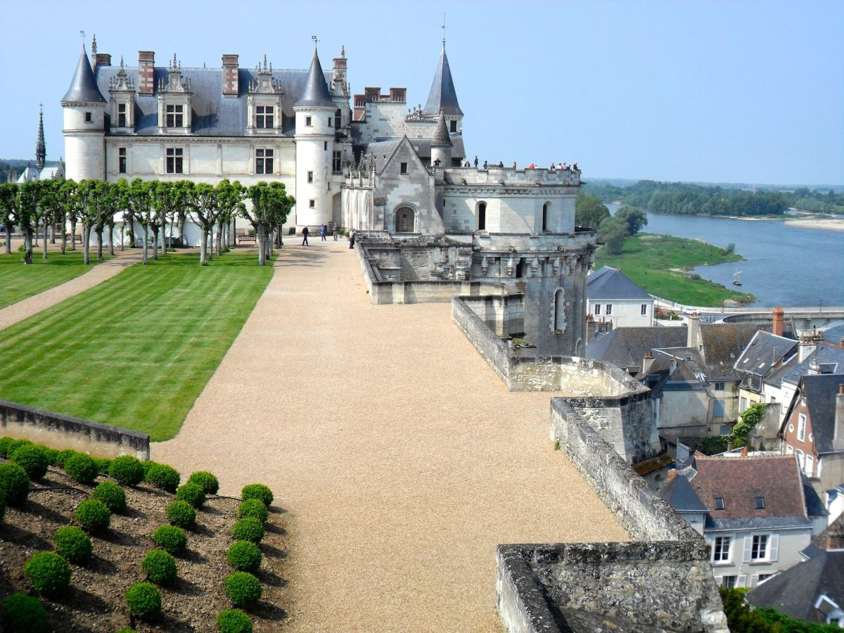 tourists visiting the Loire Valley