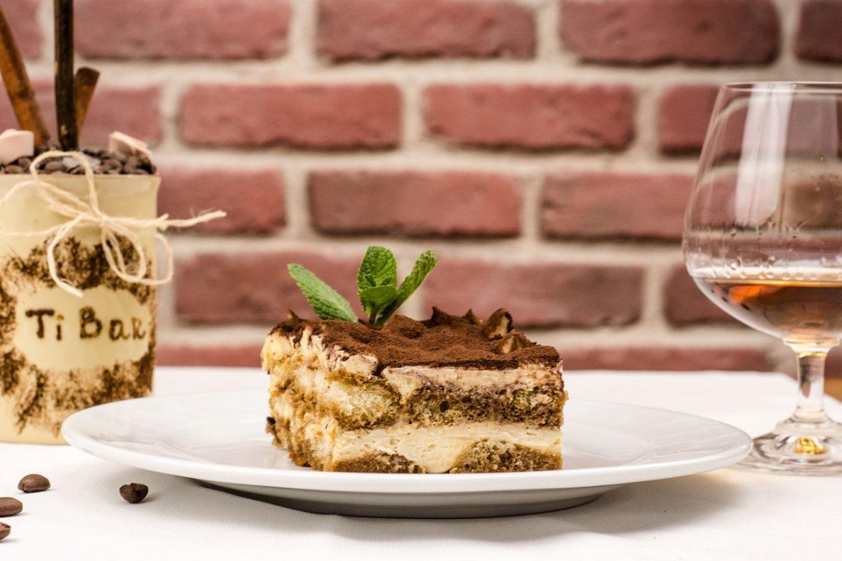 tiramisu, italian desserts