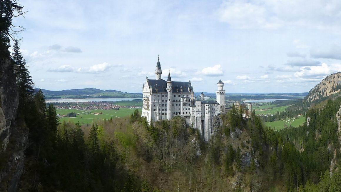 neuschwanstein 987916 1920 1160x653 - 10 Castles In Germany You Should Visit