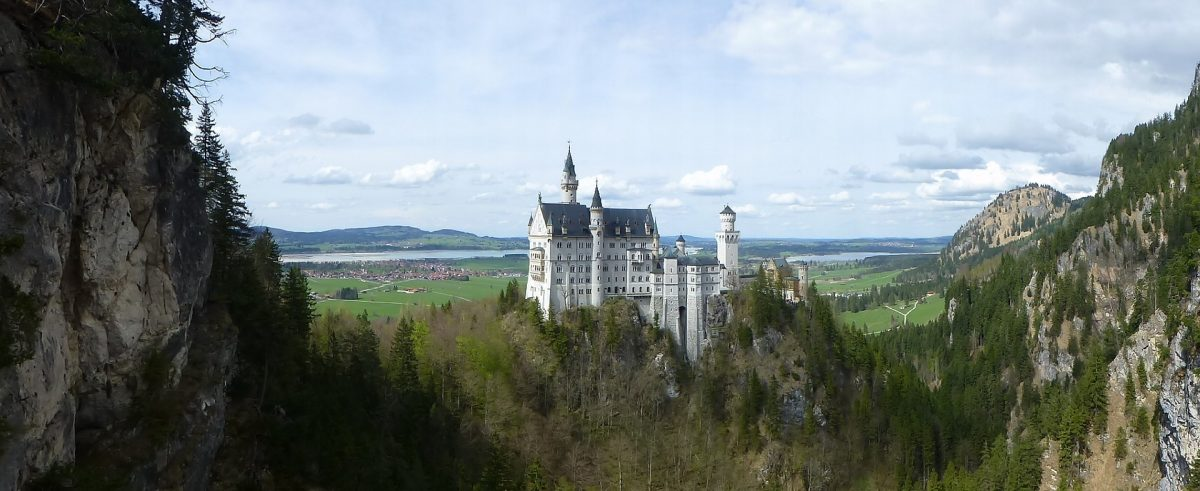 neuschwanstein 987916 1920 - 10 Castles In Germany You Should Visit
