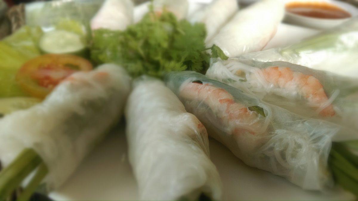 spring rolls, vietnamese food