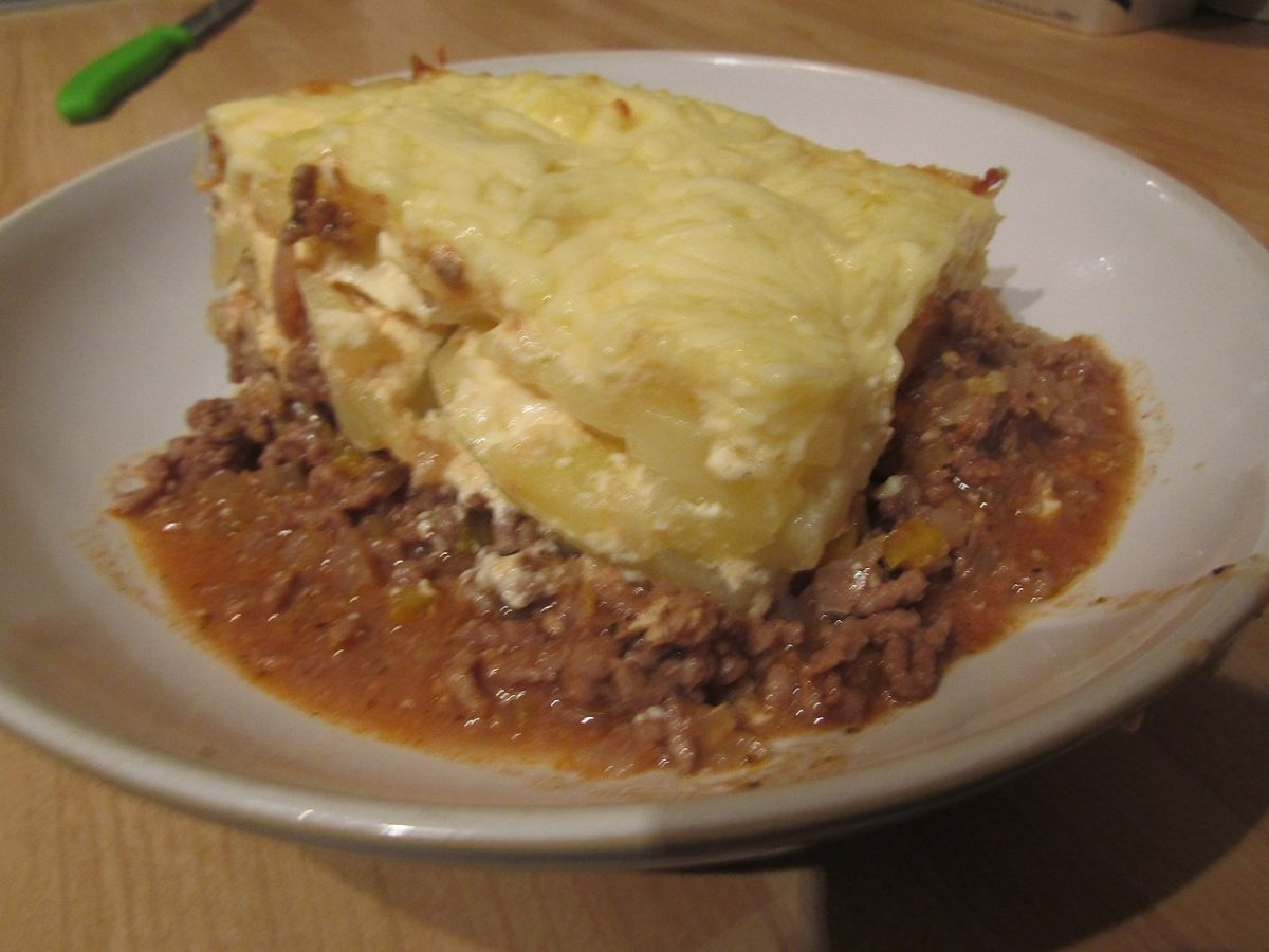 moussaka, bulgarian food