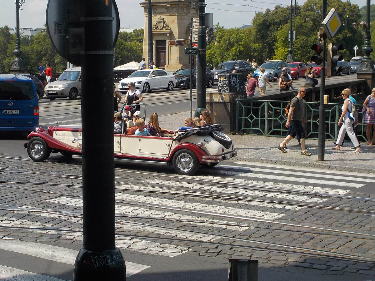 Sightseeing car in Prague