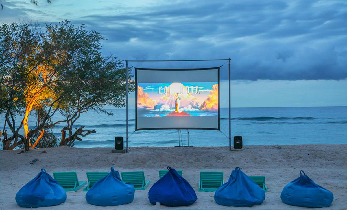Movie by the beach