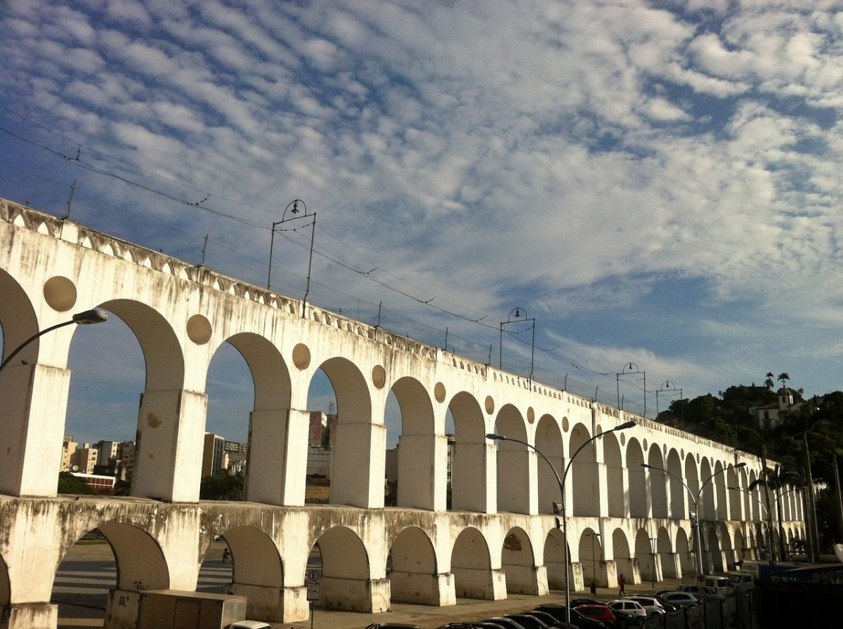 Arcos da Lapa is a magnificent aqueduct built in the mid-18th century that brings water to Rio.