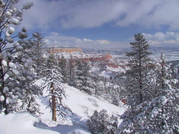 Glide Down To The Best Utah Ski Resorts