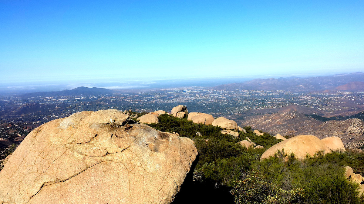 Hot day at Mt Woodson Trail, Potato Chip Rock