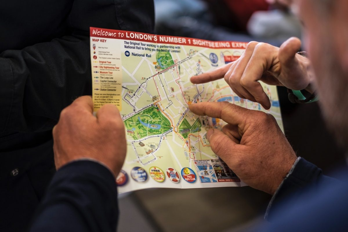 Navigating with the city map
