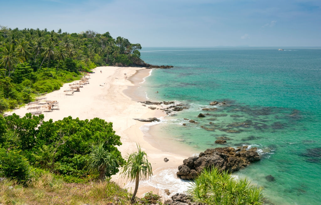 Koh Lanta soft white sand beach